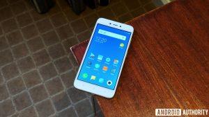 Xiaomi Redmi 5A - новый обзор и сравнение моделей, цены в интернет-магазинах